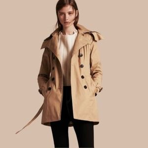 Burberry Women's Reymoore Trench Coat